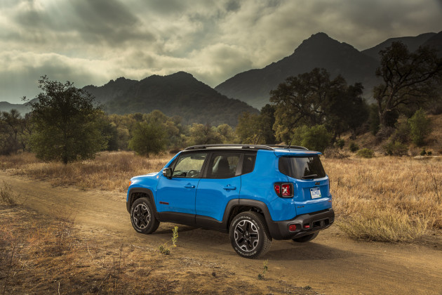 2015-Jeep-Renegade-2