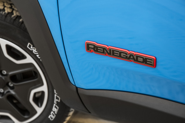 2015-Jeep-Renegade-5
