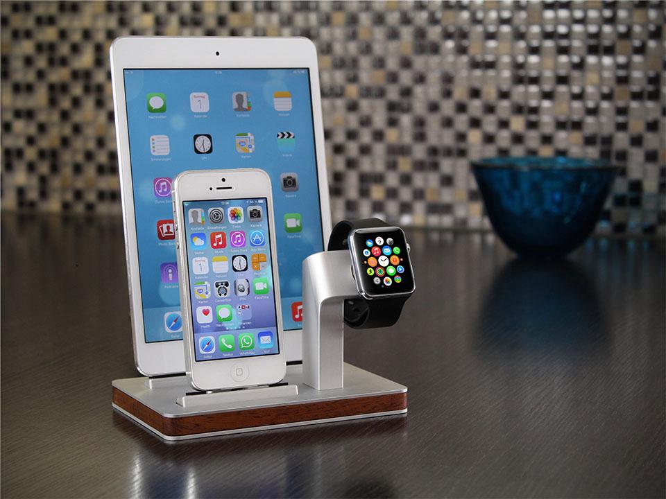 Apple Watch, iPhone and iPad