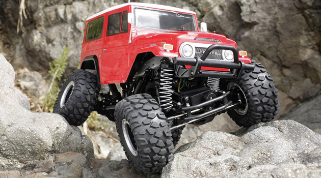 Check Out This Awesome R/C Toyota Land Cruiser FJ40 Rock Crawler