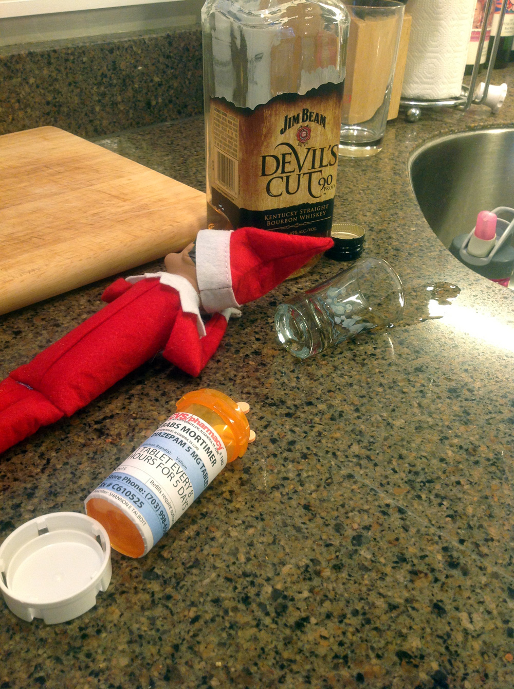 Elf On The Shelf Ideas 2020 20 Hilarious Photos Of The Elf On The Shelf Being Very Naughty