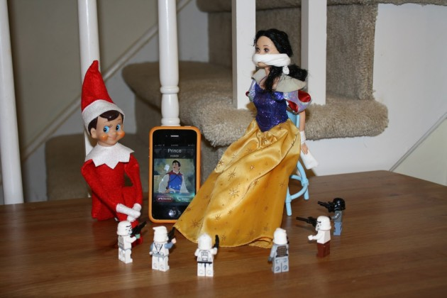naughty-elf-shelf-5