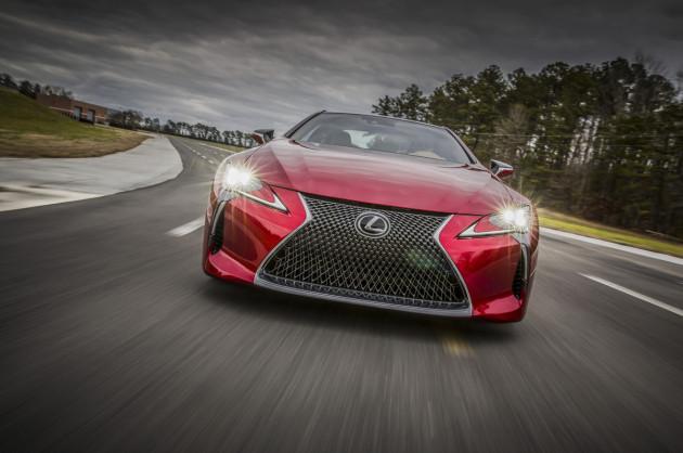 2017-Lexus-LC-500_3