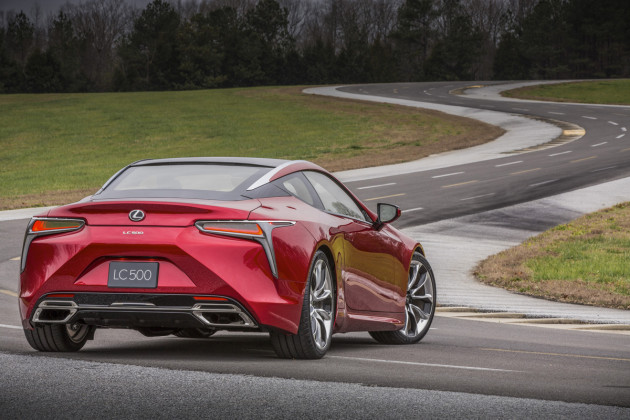 2017-Lexus-LC-500_6