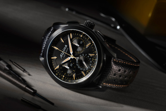 Alpiner 4 Black Flyback Manufacture Chronograph - 1