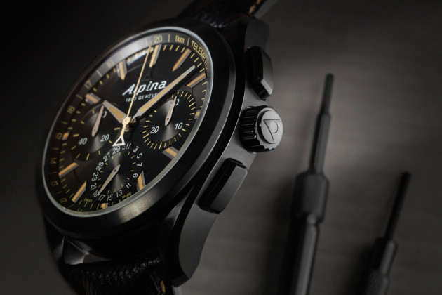 Alpiner 4 Black Flyback Manufacture Chronograph - 2