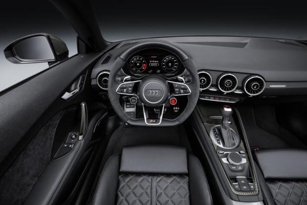 2017-Audi-TT-RS-3