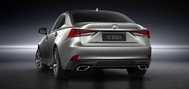 2017-Lexus-IS-2
