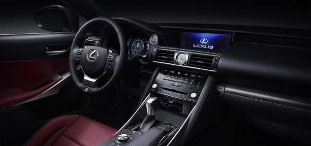 2017-Lexus-IS-4
