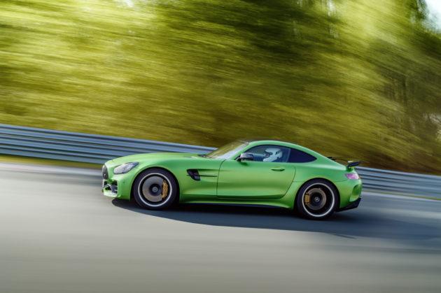 2018_Mercedes-AMG-GT-R-3