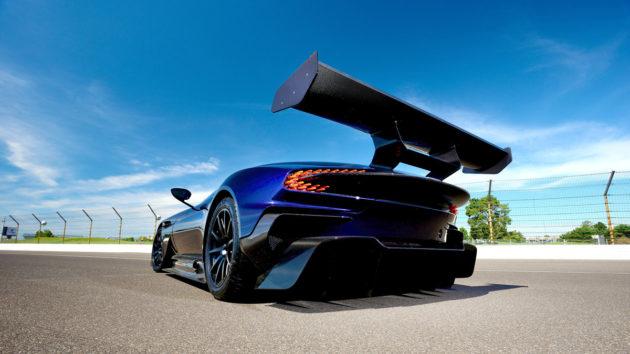 Aston-Martin-Vulcan-Mecum-2
