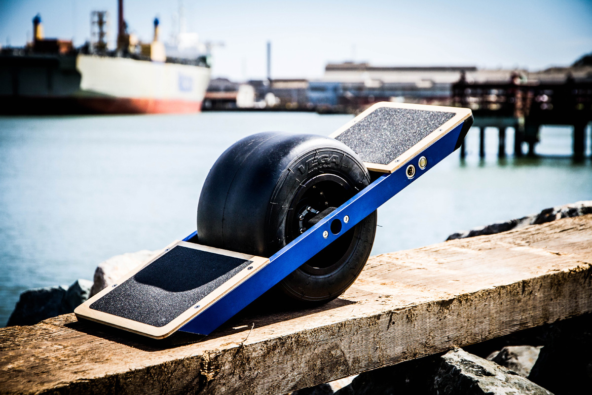 shredding around town on the onewheel self balancing electric skateboard. Black Bedroom Furniture Sets. Home Design Ideas