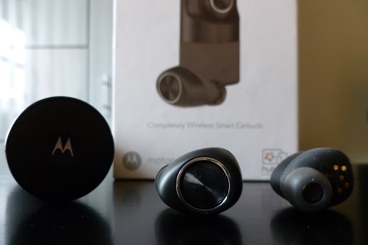 VerveOnes True Wireless Bluetooth Earbuds by Motorola