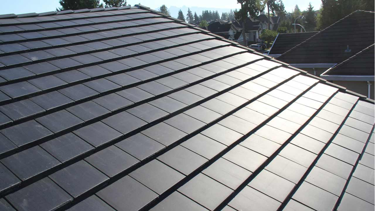Tesla Just Unveiled Their Solar Roof And It S A Real