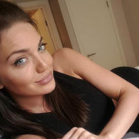 Scottish Hottie Chelsea Marr Is A Dead Ringer For Angelina Jolie!