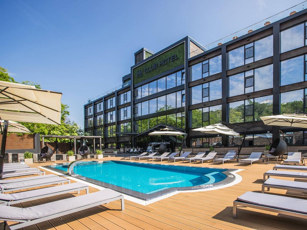 M1 Club Hotel - Odessa