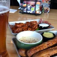 Looking For The Ultimate Happy Hour Spot? Head Over To Applebee's!
