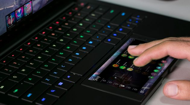 Razer's Project Linda Turns Your Phone Into A Laptop