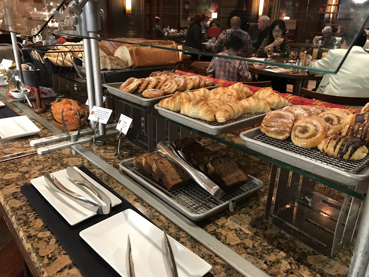 Veranda Brunch at Four Seasons Las Vegas