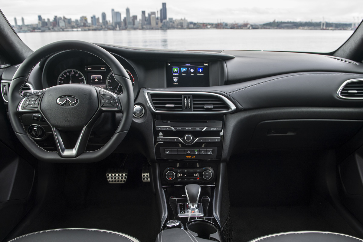 2018 Infiniti QX30 interior