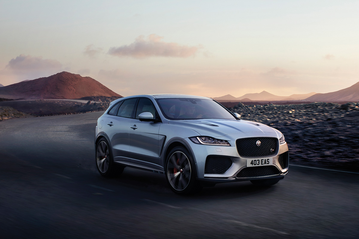 jaguar f pace gets the svr treatment with 550hp on tap. Black Bedroom Furniture Sets. Home Design Ideas