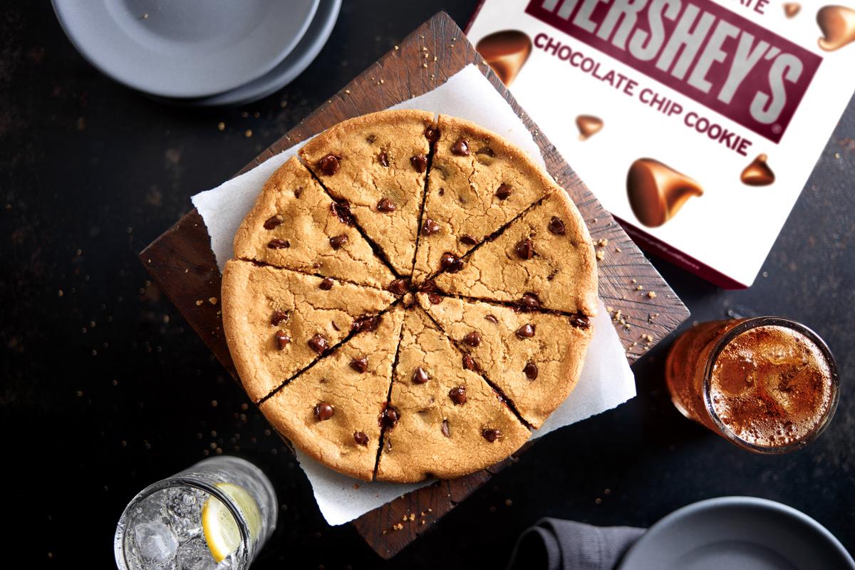 Pizza Hut chocolate chip cookie