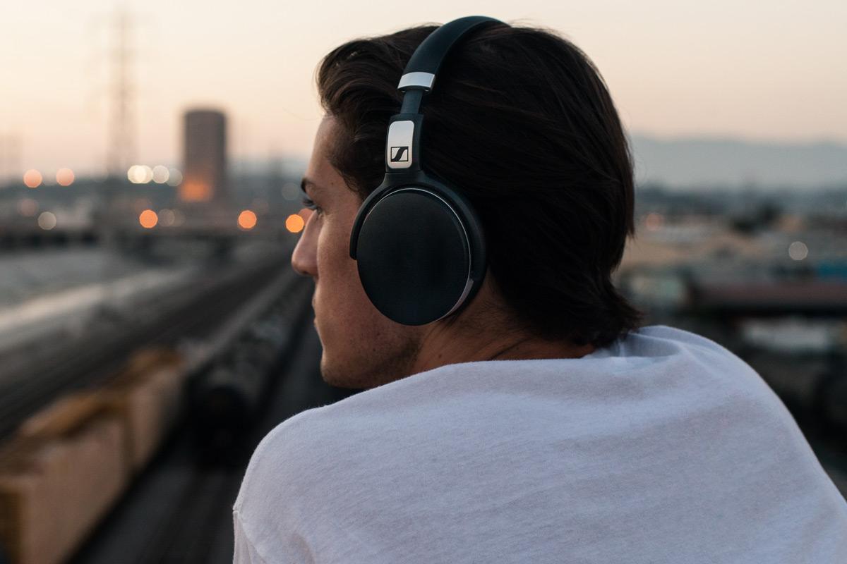 Sennheiser HD 4.50 BTNC wireless headphones