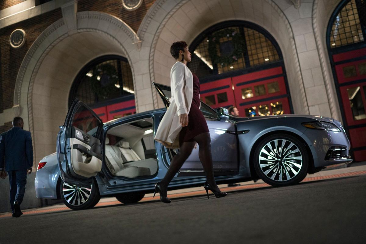 Lincoln Continental Coach Door Edition