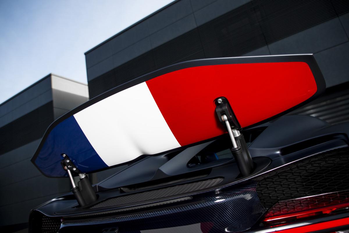 """Bugatti Chiron Sport """"110 ans Bugatti"""" - Wing"""