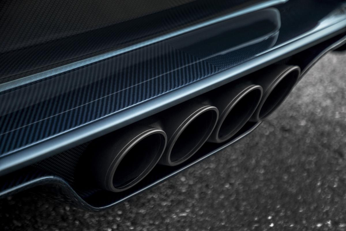 "Bugatti Chiron Sport ""110 ans Bugatti"" - Exhaust"