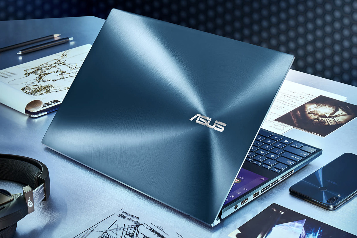 Asus Zenbook Pro Duo laptop