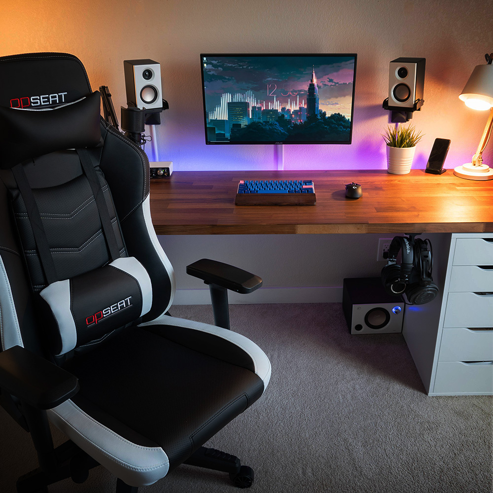 OPSEAT Grandmaster Series Gaming Chair
