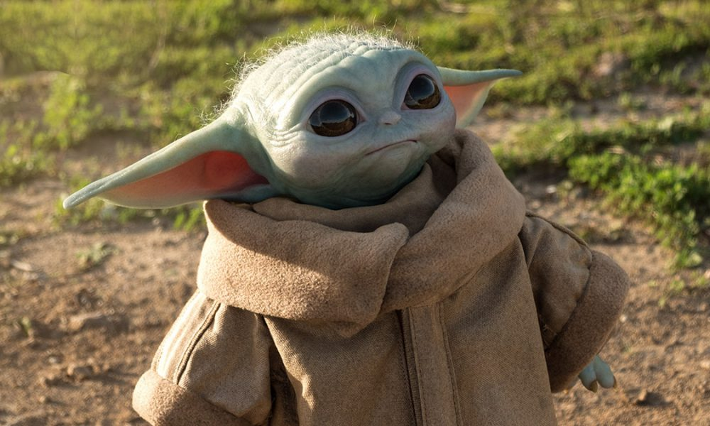 Sideshow Collectibles Baby Yoda Figure