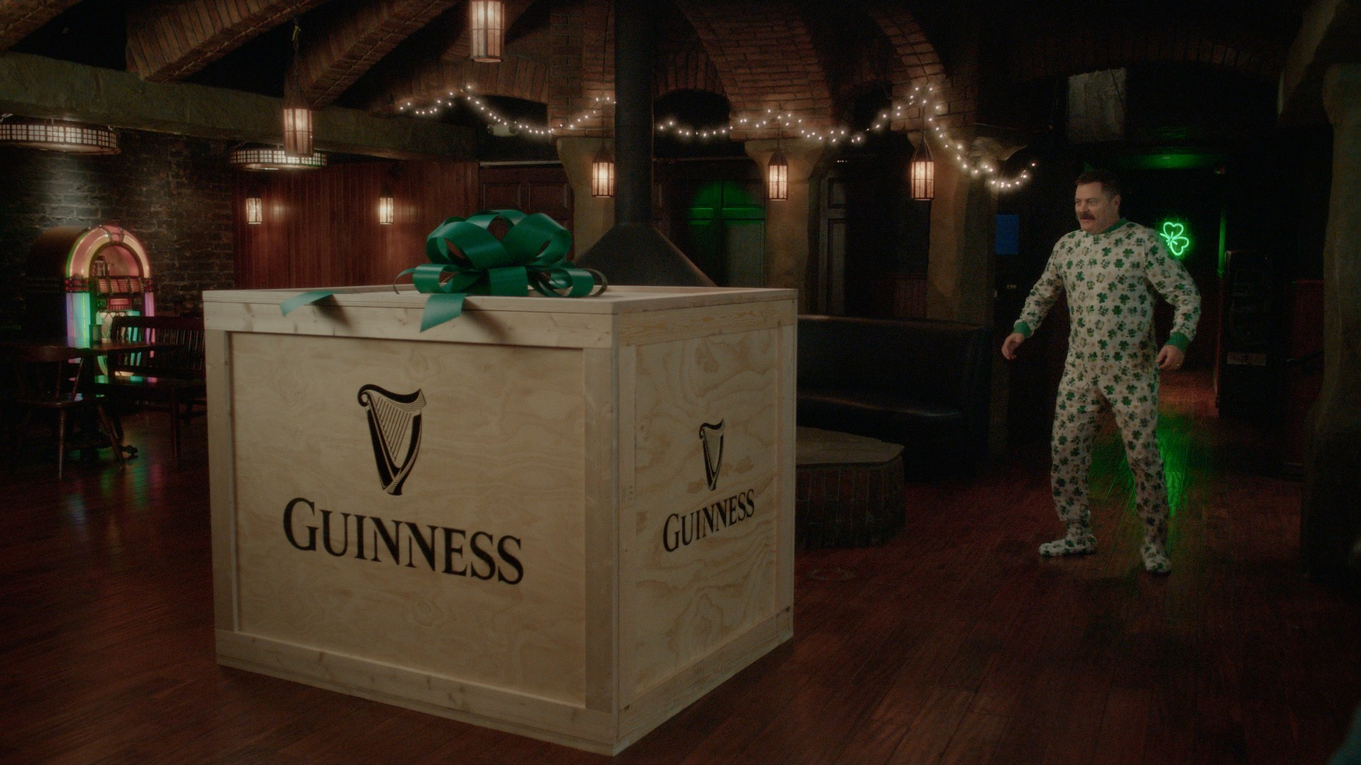 Guinness x Nick Offerman - Unboxing