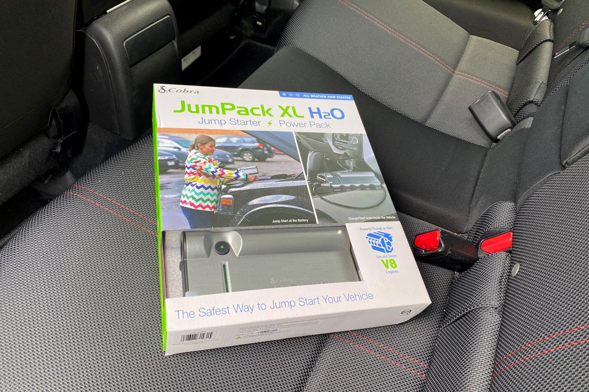 Cobra JumPack XL H2O portable jump starter