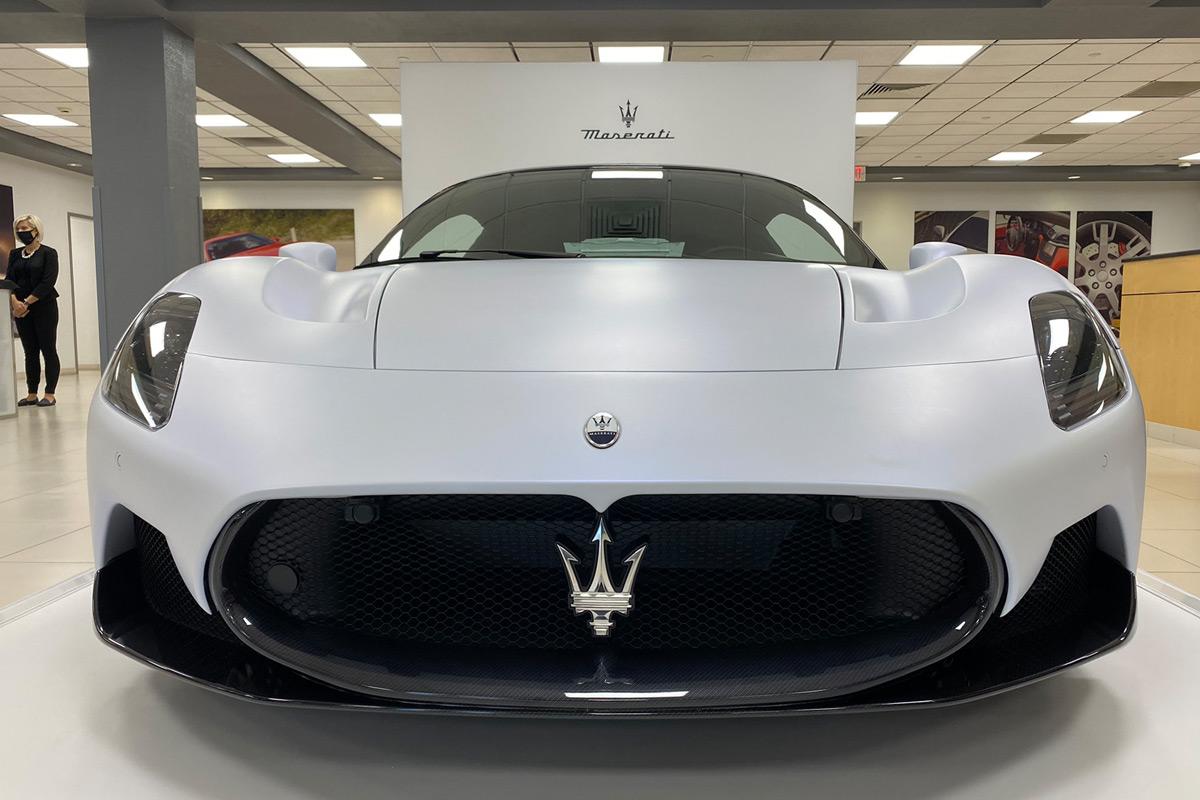 2022 Maserati MC20 - Front End