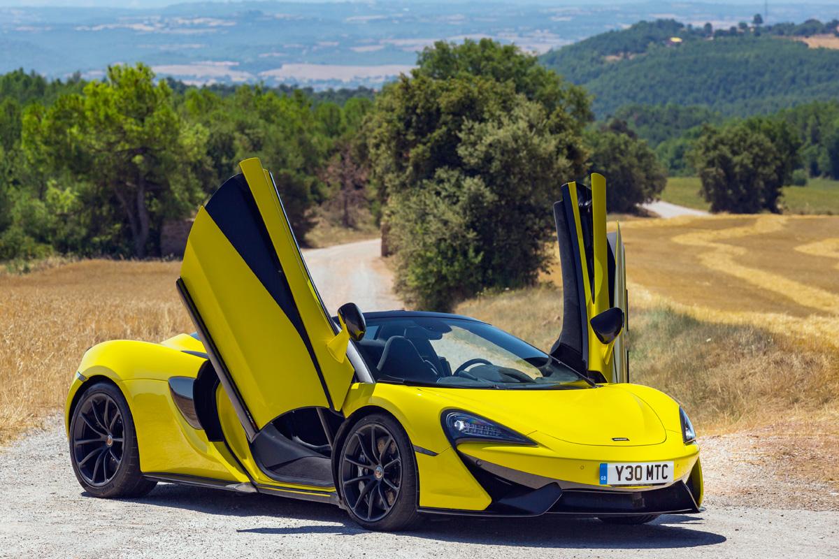 2020 McLaren 570S Spider in Sicilian Yellow
