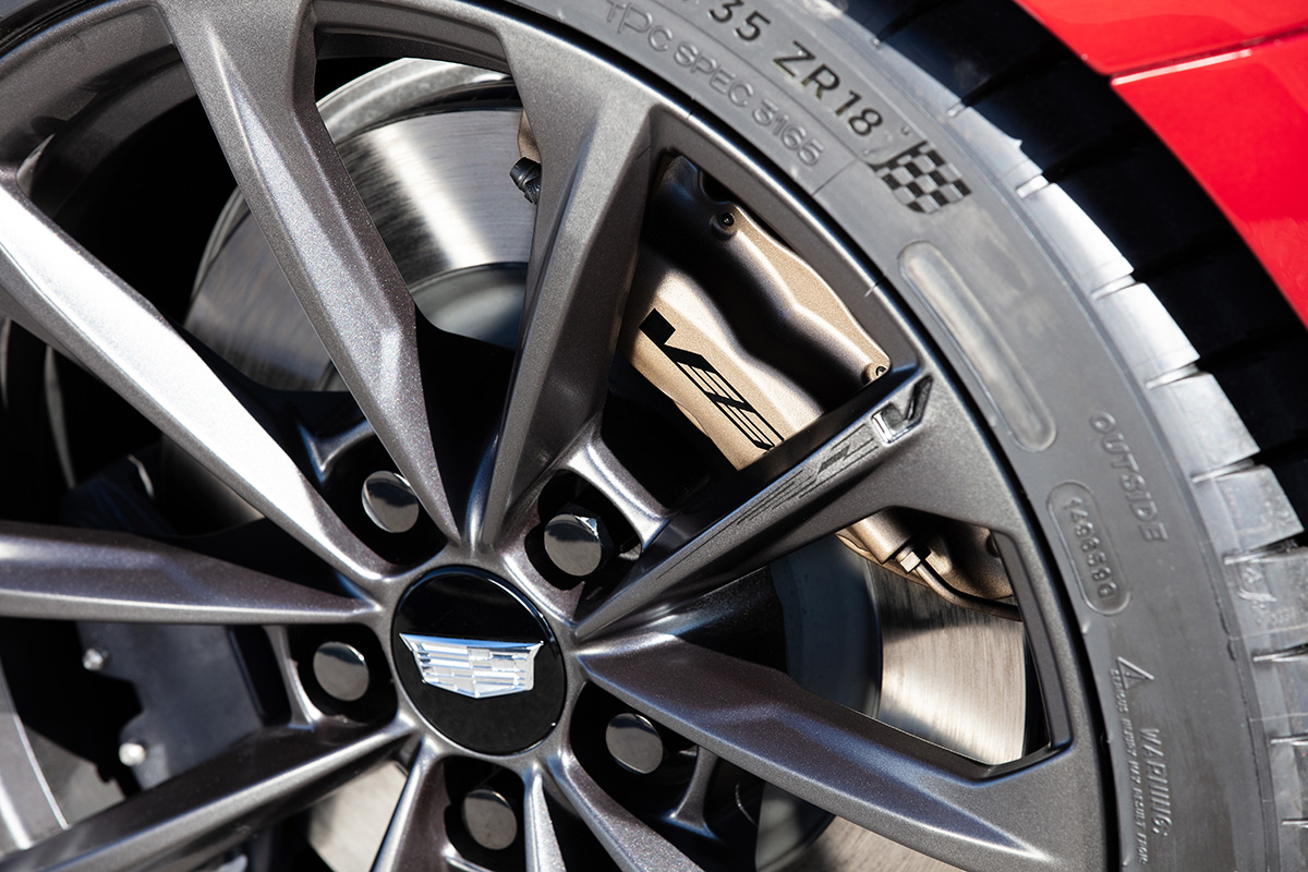 2022 Cadillac CT4-V Blackwing wheel