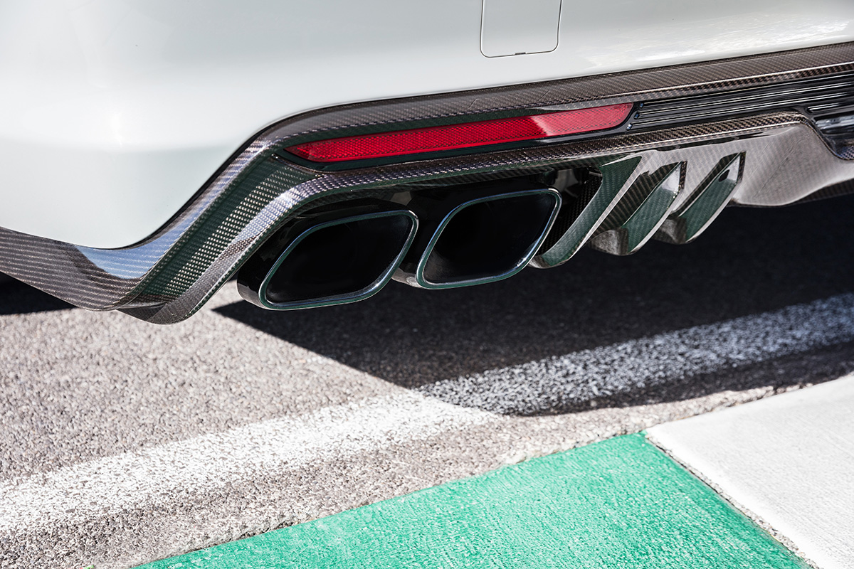2022 Cadillac CT5-V Blackwing rear diffuser