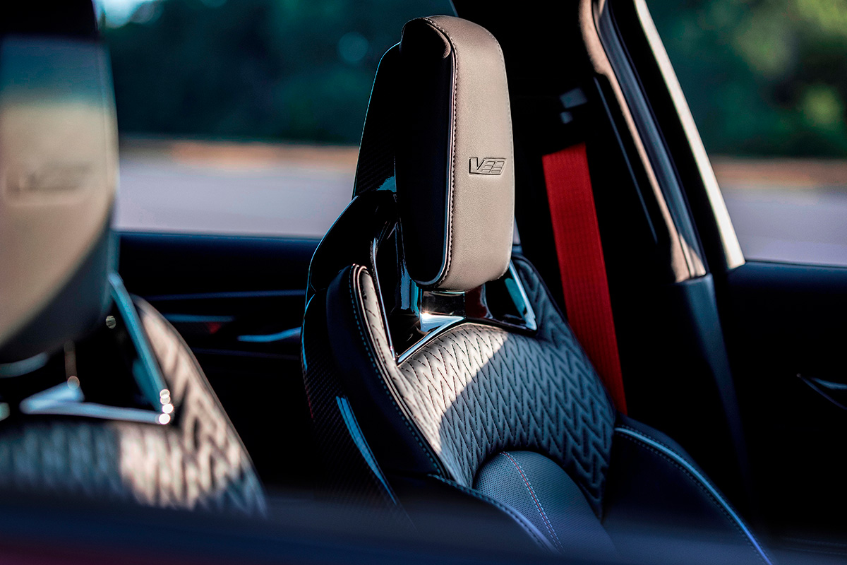 2022 Cadillac CT5-V Blackwing racing seats