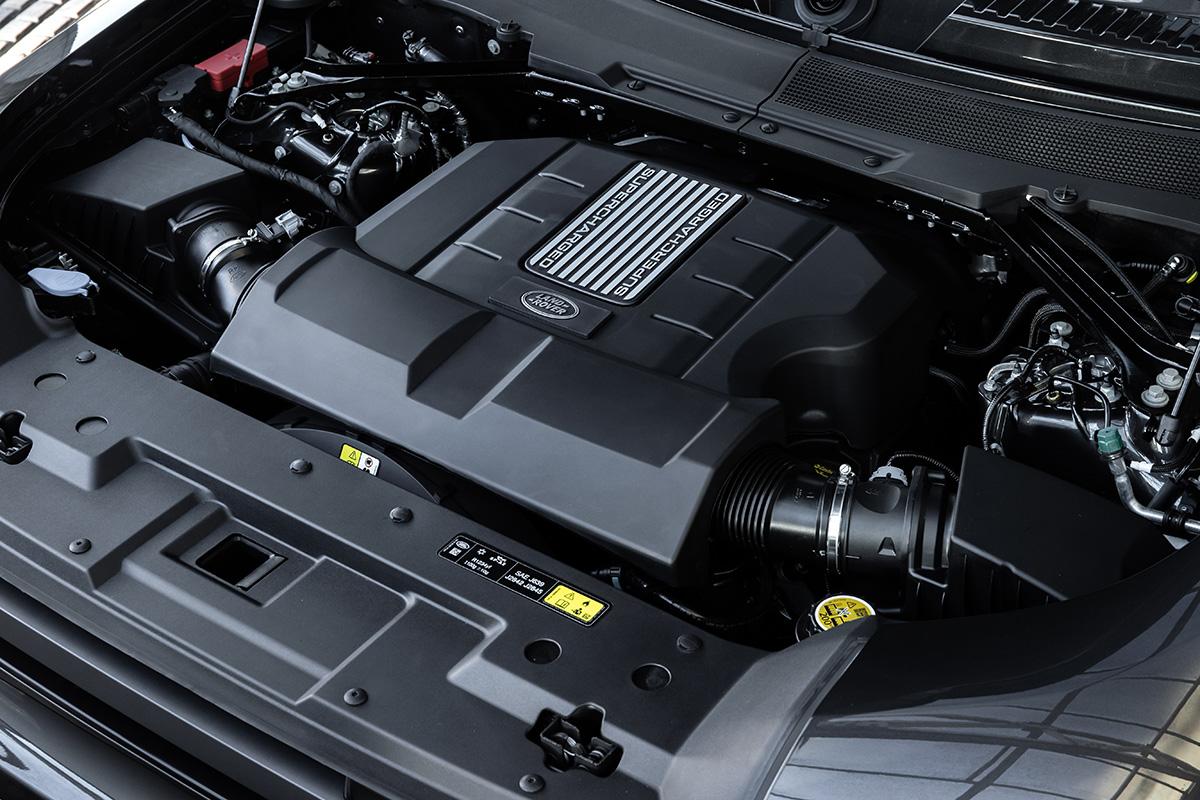 2022 Land Rover Defender V8 engine