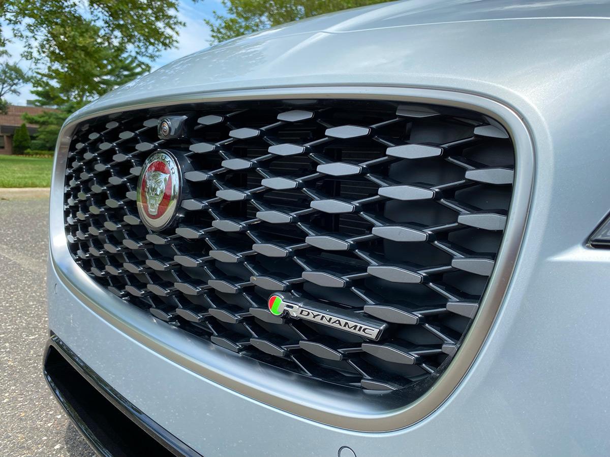 2021 Jaguar XF P300 R-Dynamic SE front grille