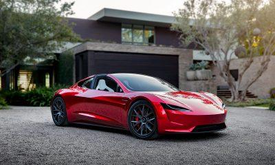Tesla Roadster delayed until 2023